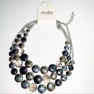 STUDIO by DUPLAISE | Bib statement necklace